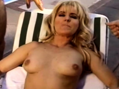 Outdoor Threesome Swinger Blonde Milf