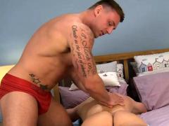 muscle-gay-handjob-and-massage