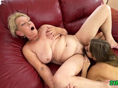 lesbian-sex-with-granny