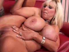 Sexy aunt milf
