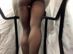 pantyhose-rubbing-with-cumshot