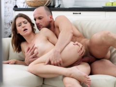 girl sofy soul loses her anal virginity