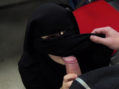 muslim-darling-gets-rod-in-her-cunt