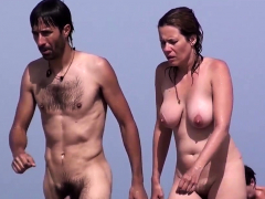 amateurs-nudists-beach-voyeur-compilation-series-vol-1