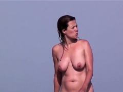 Voyeur Beach Females Nudist Amateurs Close Up Shots