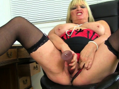 british-milf-christina-x-pleases-her-fuckable-fanny