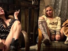 kinky-milf-teaching-teen-girls