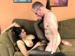 Busty MILF Nicole Paris gets laid in her torn pantyhose