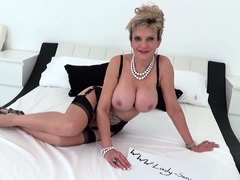 lady-sonia-lotions-up-her-big-plump-tits
