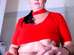 amateur-little2sluti-flashing-boobs-on-live-webcam