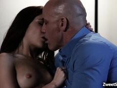 jane-wilde-gave-her-virgin-pussy-to-married-guy
