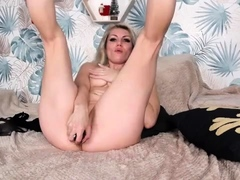 my-blonde-girlfriend-fingering-her-drenched-pussy-solo
