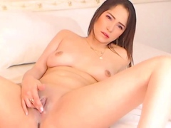 busty-amateur-toys-her-pussy-on-cam