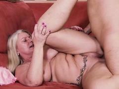 german-mature-chubby-big-natural-boobs-milf-seduce
