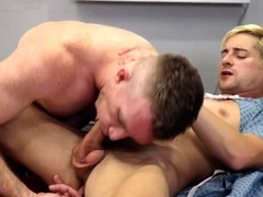 Lucky Taylor Reign takes sexy Nick Fitts cock up his ass