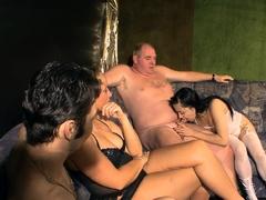 german-amateur-swinger-party-with-girl-next-door