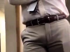 str8-boss-bulge