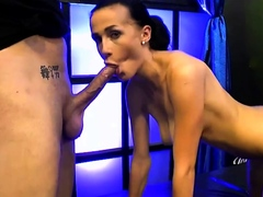 Double pentetration cums and anal on nicole love