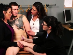 Cfnm Femdom Group Disciplining Thief With A Hj