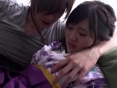 korean-wife-on-couch-amateur-asian-japanese-korean-webcams