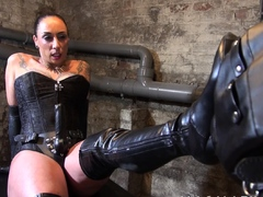Mistress Jenna Joy fucks her male slave