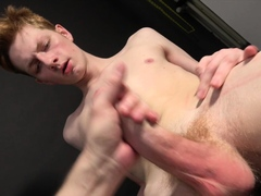 Handjob Casting - Jerzy Fox